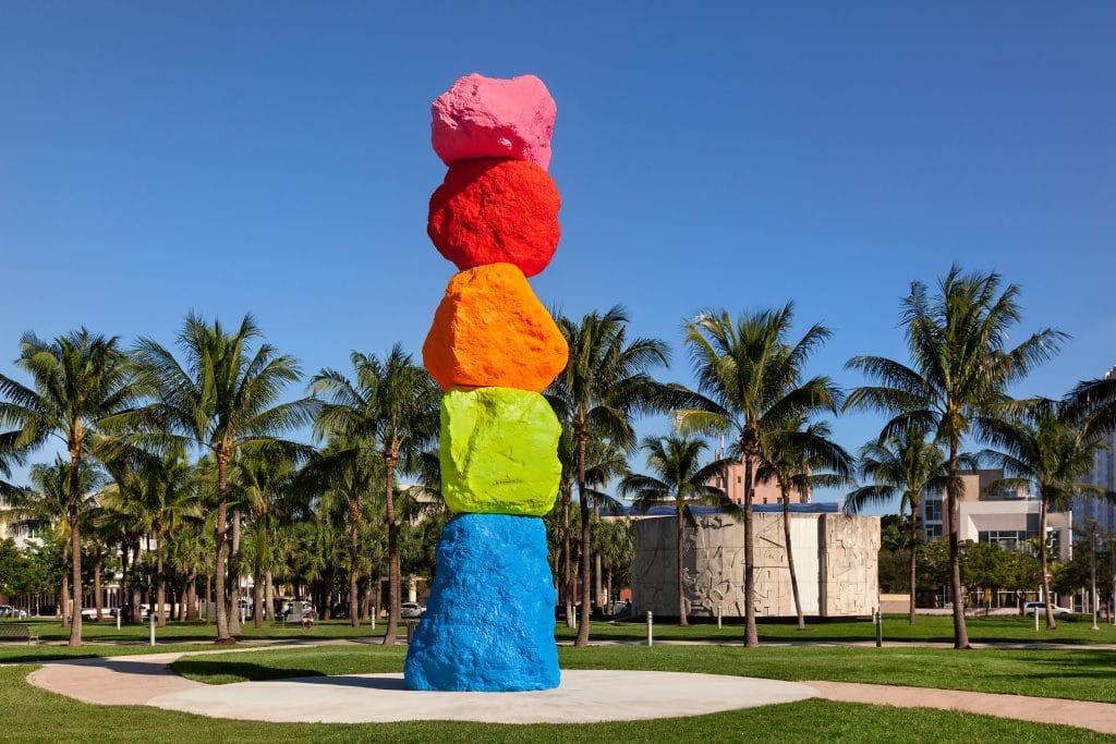 Ugo-Rondinone-Miami-Mountain-2_Web-1024x683