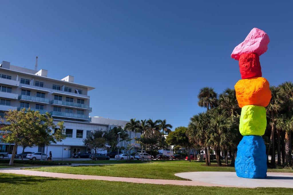 Ugo-Rondinone-Miami-Mountain-7_Web-1024x683