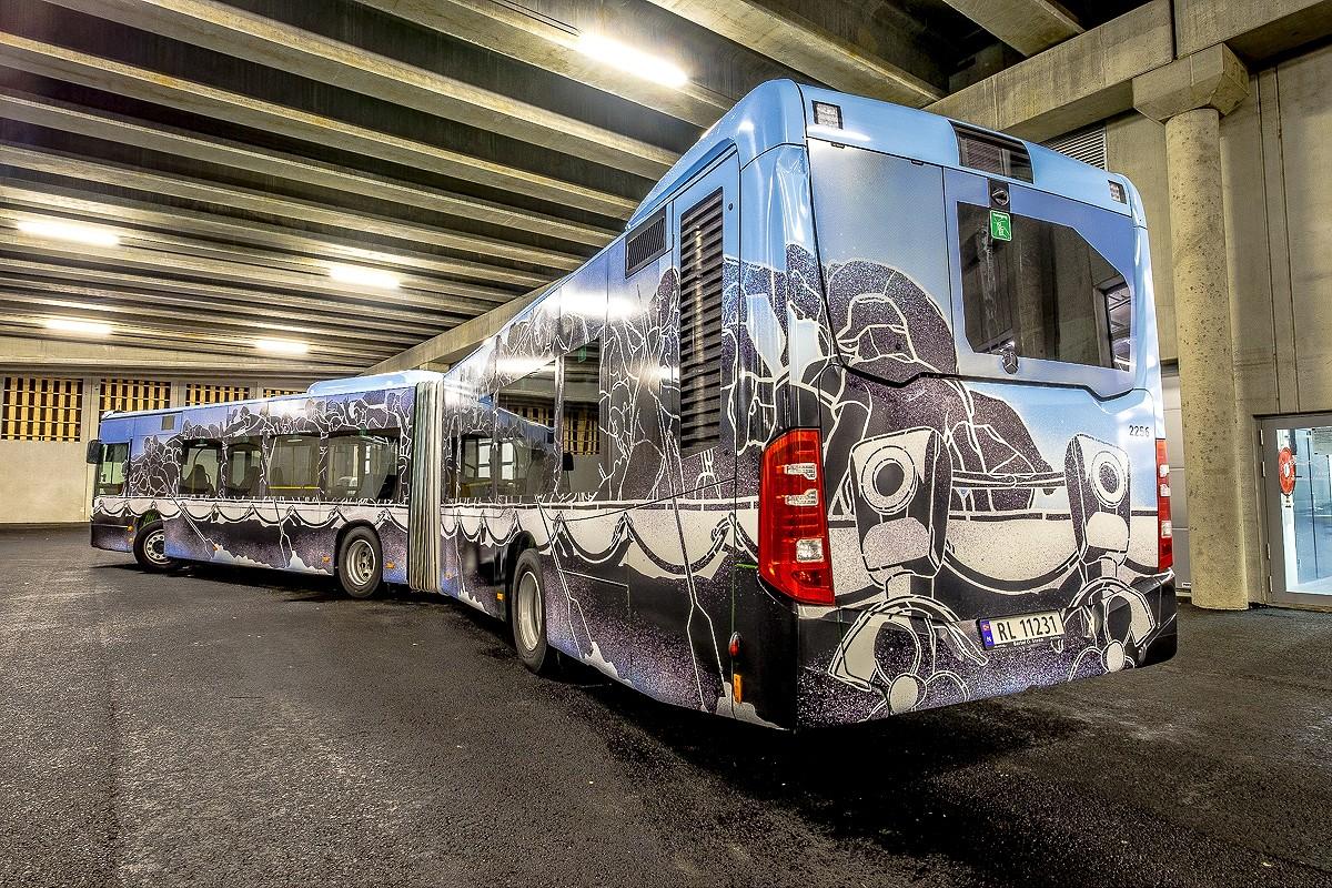 NuArt M-City Bus ©Brian Tallman Photography 01
