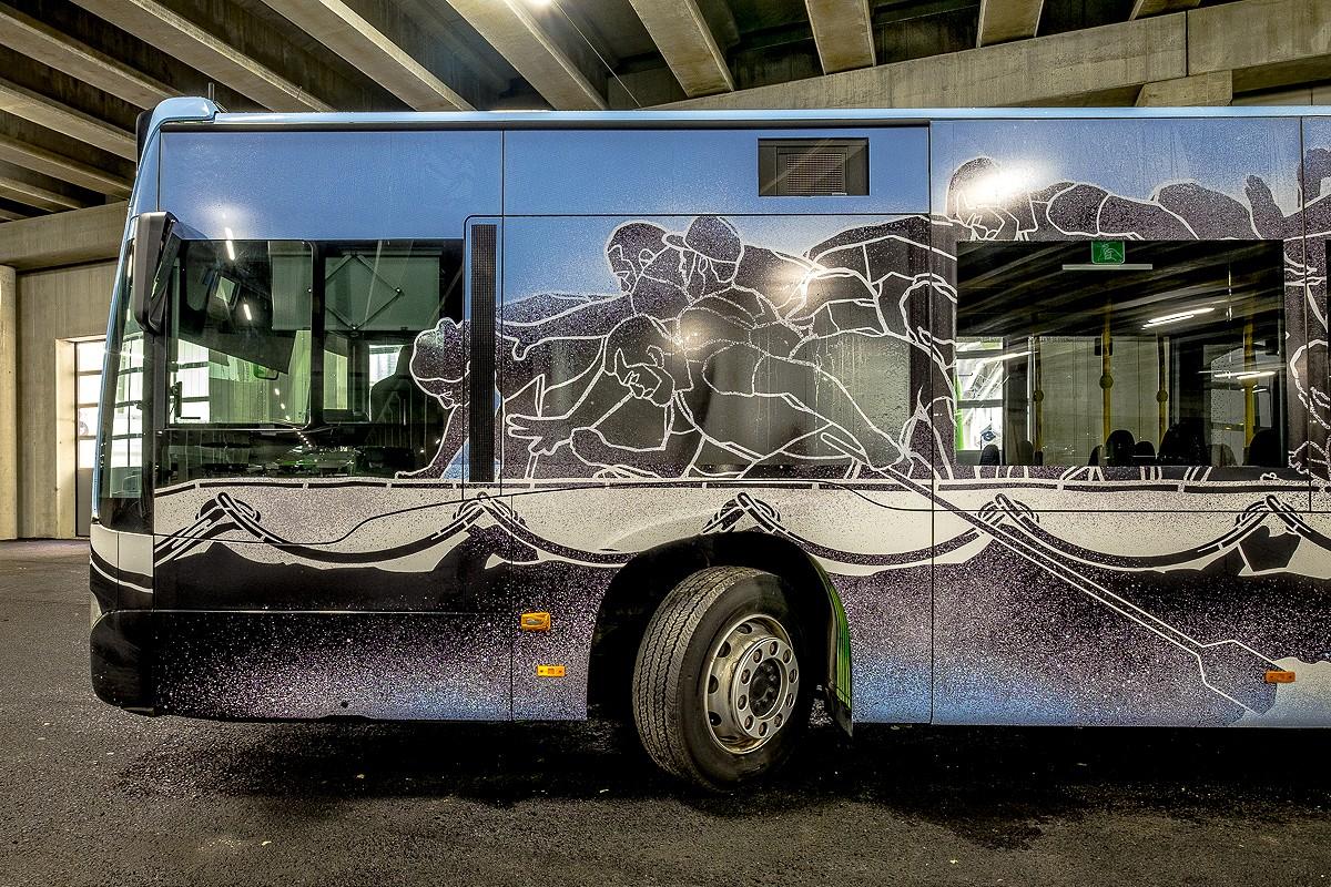 NuArt M-City Bus ©Brian Tallman Photography 03