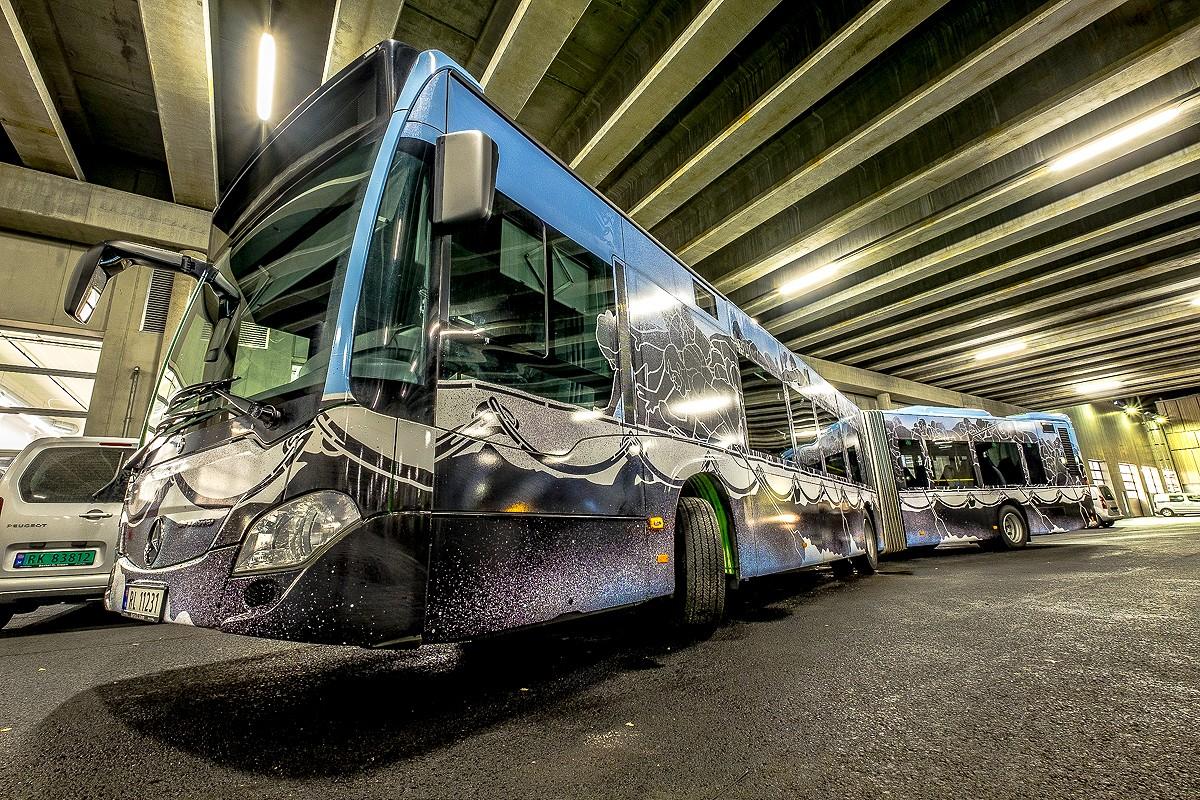 NuArt M-City Bus ©Brian Tallman Photography 04